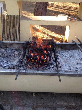 Camping Village Il Sole: Bbq 5 stelle..