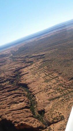 Kings Canyon - Ayers Rock Scenic Flights.