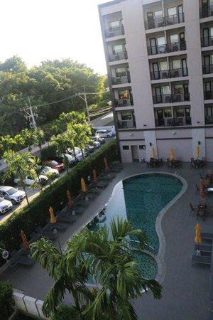 ibis Hua Hin: Pool