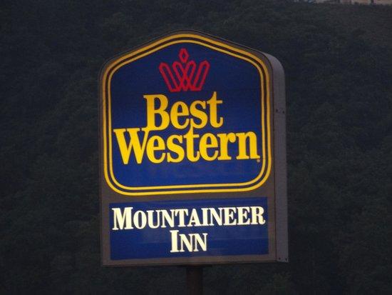 Best Western Mountaineer Inn : Hotel Sign