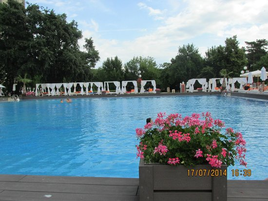 Grand Hotel Varna: Cold water