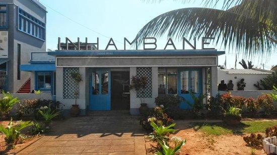 Castelo Do Mar: Airport at Inhambane