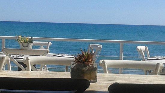 Vivero Beach Club Restaurant: Vista terraza restaurante