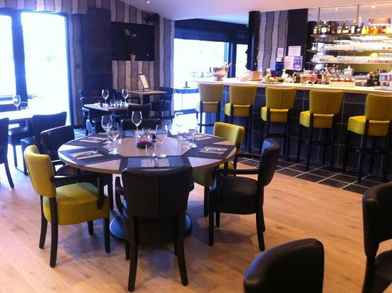 les inseparables french restaurant 668 avenue du general de gaulle in bondues fr tips and. Black Bedroom Furniture Sets. Home Design Ideas