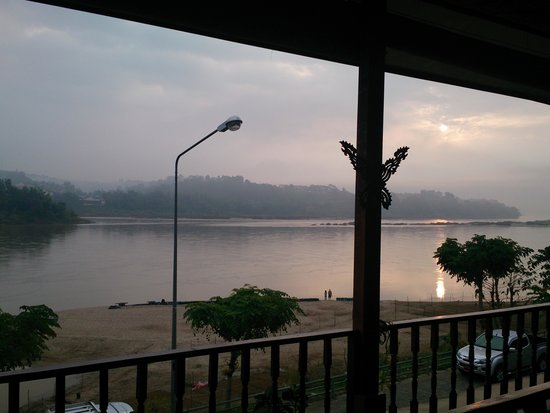 Chiang Khong, Thailand: morning view of Laos