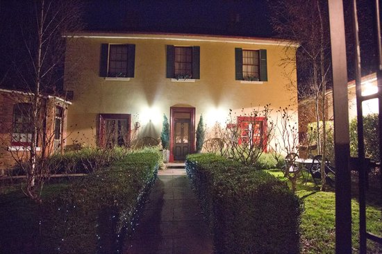 Blakes Manor Deloraine: classic Blakes Manor