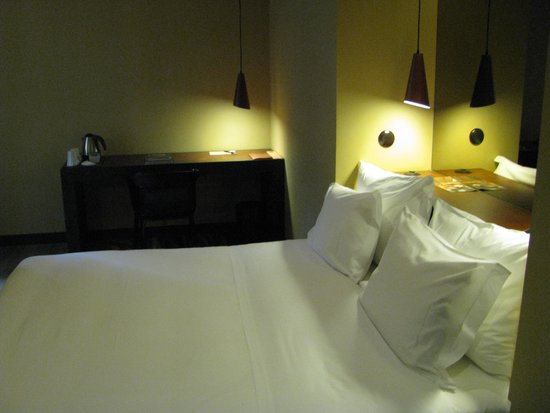 Hotel Teatro Porto: Room