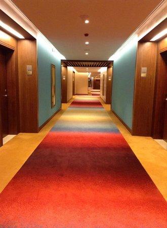 DoubleTree by Hilton Resort & Spa Marjan Island: colorful
