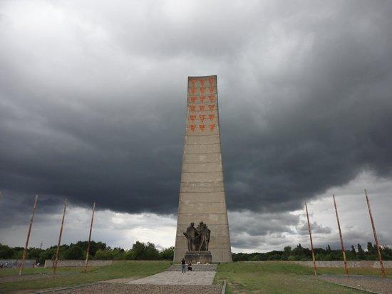 Sachsenhausen Concentration Camp : Memorial