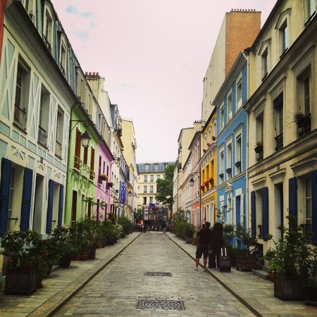 L'Hotel Particulier : The beautiful Rue Cremieux