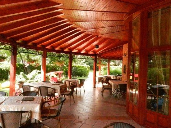 Restoran Dincic: Beautiful terrace