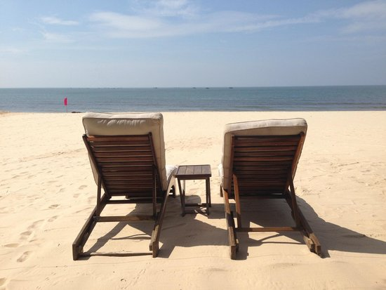Mia Resort Mui Ne : Beach chairs...