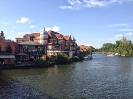 Cote Brasserie - Windsor: Exterior view