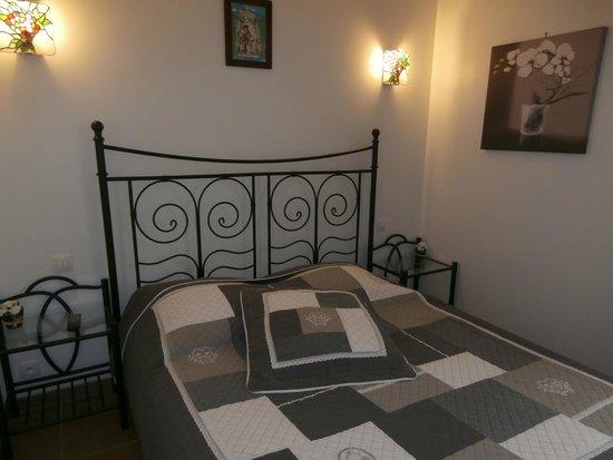 Saint-Julien, Γαλλία: chambre pour 2 ou 3 personnes