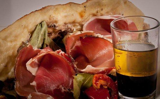 La Capri Da Alfio : Pizzeria Grill Le Capri