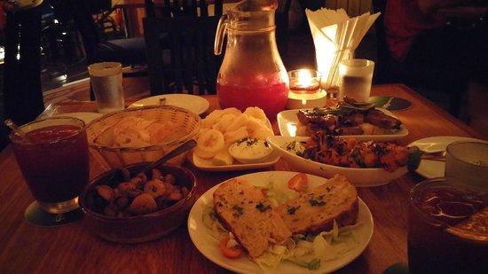 Pinchos Tapas Bar : Awesome tapas