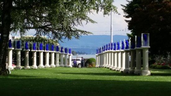 Baur au Lac: part of the garden with Yves Klein sculptures