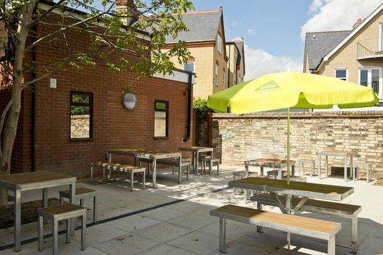 YHA Cambridge: Our Courtyard