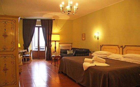 La Cisterna Hotel: Camera Deluxe