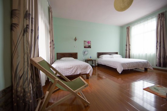 Bamboo House Inn: Spacious, clean, comfortable...