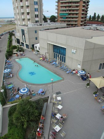 Baia Flaminia Resort Hotel: piscina