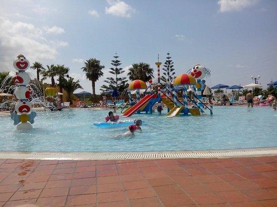 Imperial Belvedere: piscine pour enfant