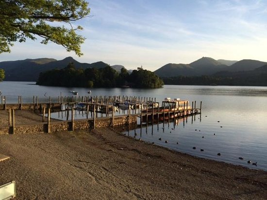 Linnett Hill: Derwentwater on a summers evening - Keswick