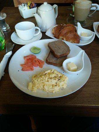 The Shop 240: A hearty breakfast