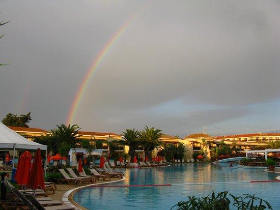 Atlantica Aeneas Hotel: радуга