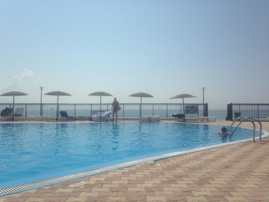 Corfu Sea Gardens: Pool with view