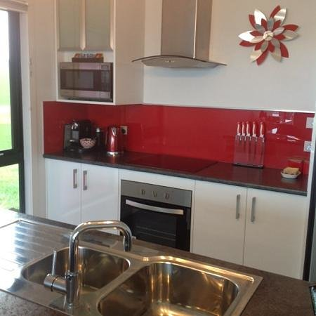 Horizon Deluxe Apartments: kitchen facilities