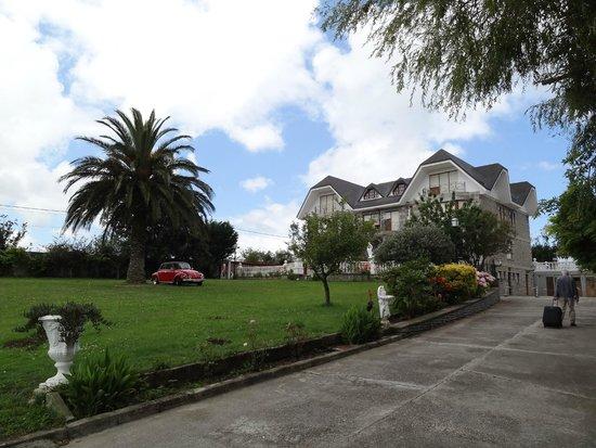 Hotel Antoyana: Jardin