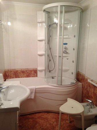 Hotel Savoy Palace - TonelliHotels: Bagno