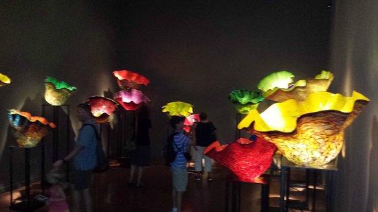 Mediterranean Inn: Chihuly Glass Exhibit