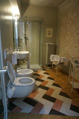 Palazzo Gelmi B & B: Bath room