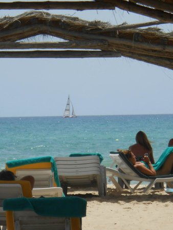 The Orangers Beach Resort & Bungalows: Quiet relaxation on the beach