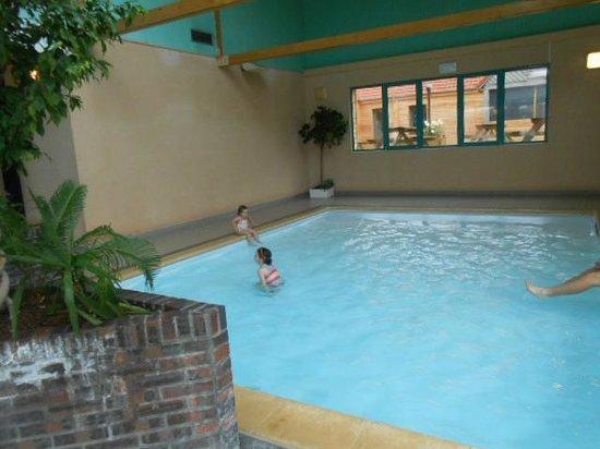 """Village Vacances """"Le Cap d'Opale"""": piscine"""