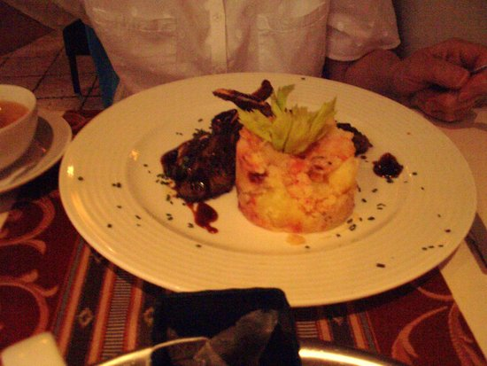 Restaurant Monarchie: Lamb chops and mash