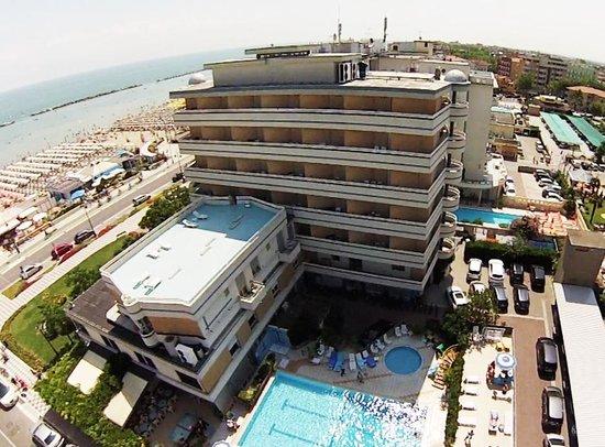 Hotel caesar ab 82 9 1 bewertungen fotos - Bagno giorgio cesenatico ...