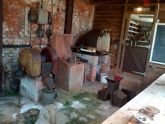 Geevor Tin Mine: Smelting