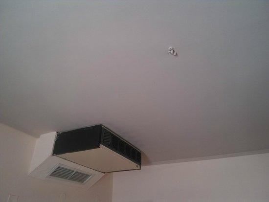 Brascos Hotel: Brak lampy oraz klimatyzator