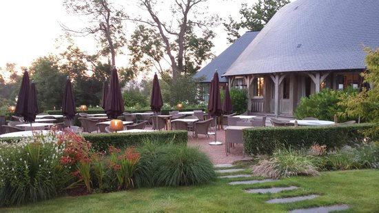 Les Manoirs de Tourgeville: La terrasse très agréable
