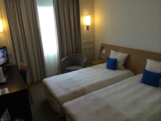 Novotel Paris Centre Tour Eiffel: Room