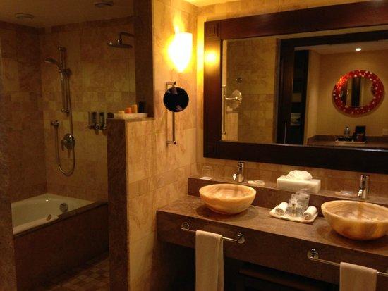 Barceló Maya Palace: bathroom
