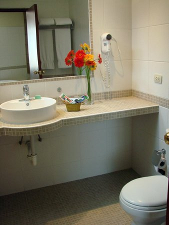 Hotel Melodia : Baño Suite