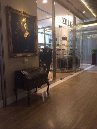 Rome Cavalieri, Waldorf Astoria Hotels & Resorts : Shop