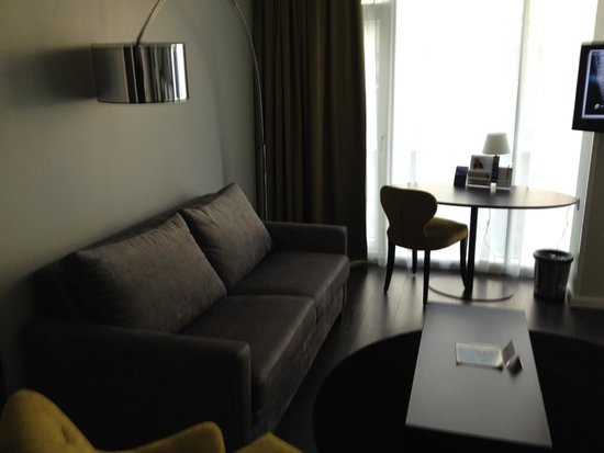 Thon Hotel Bristol Stephanie: Comfy Couch