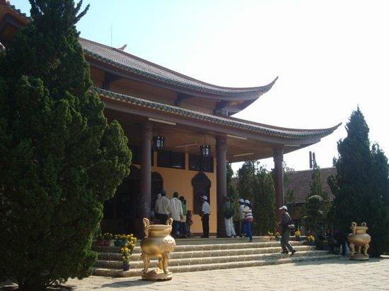 Thien Vuong Co Sat Pagoda: Pagode Da Lat