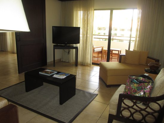 The Westin Golf Resort & Spa, Playa Conchal: living room in our suite