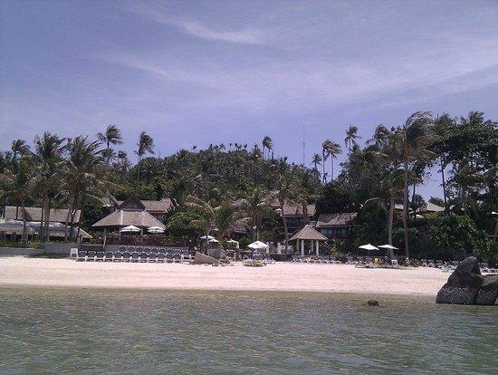 Centara Villas Samui: Blick aus dem Wasser